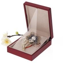Brosa Gold Plated Floare Aurie cu Perla