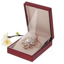 Brosa Gold Plated Floare Aurie cu Pietre Stralucitoare